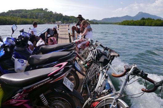 Ferry crossing, approaching Moto Pier